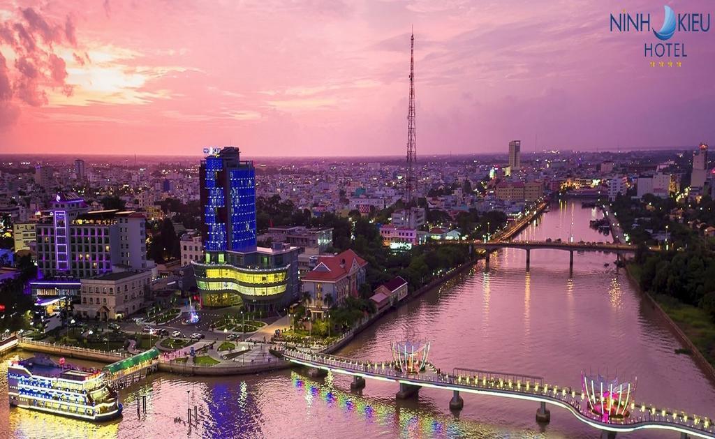 Ninh Kieu Riverside Hotel ***