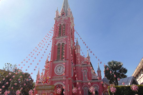 Visiting a 150-year-old pink church in Saigon