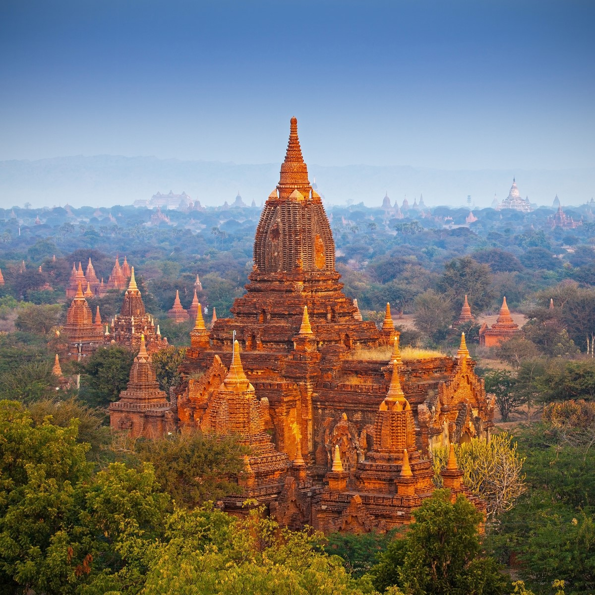 WEEKEND in BAGAN (from Hanoi)